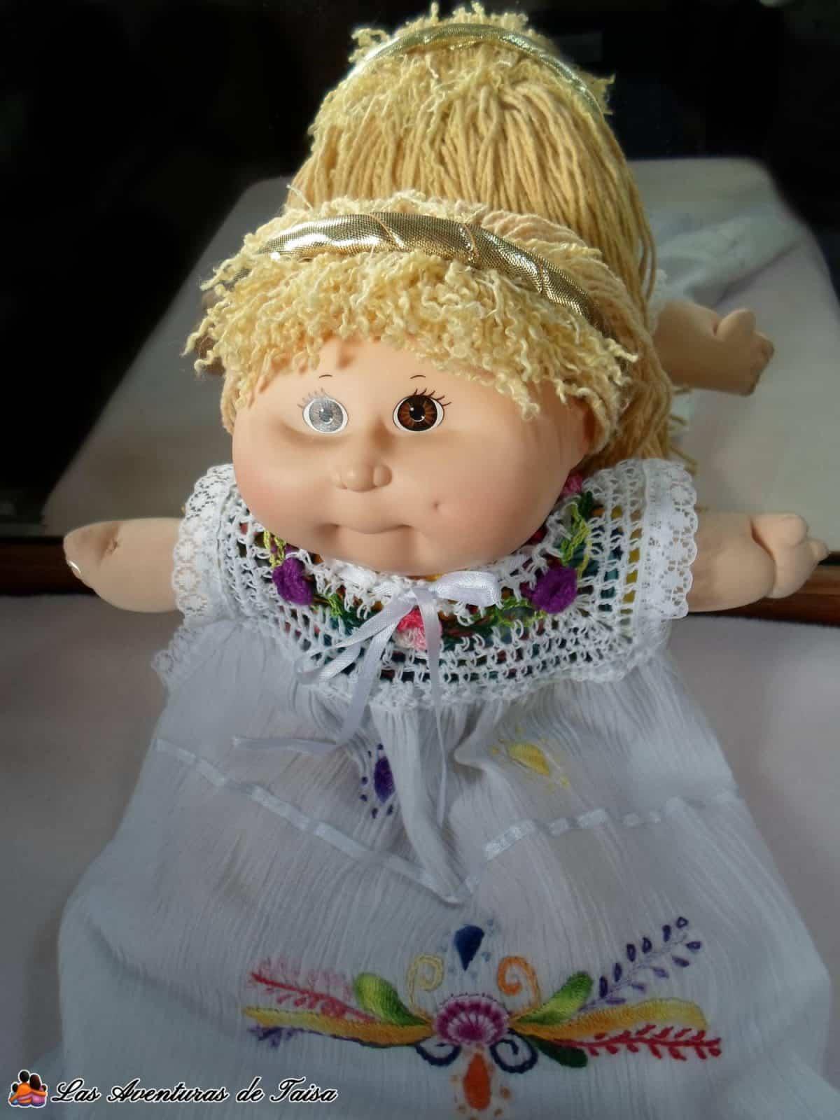 El disfraz de princesa o príncipe es el más fácil, sólo necesitas una diadema dorada y una ropa bonita y elegante