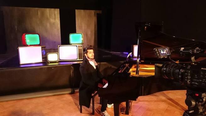 Delord al piano