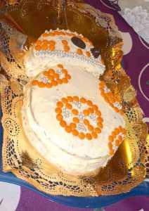 Mi morena Tarta de BB-8 lado