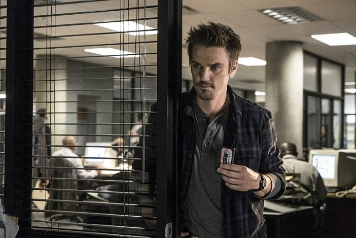 """Frequency -- """"Bleed Over"""" -- Image Number: FRG105a_0076.jpg -- Pictured: Riley Smith as Frank -- Photo: Liane Hentscher/The CW -- © 2016 The CW Network, LLC. All rights reserved."""