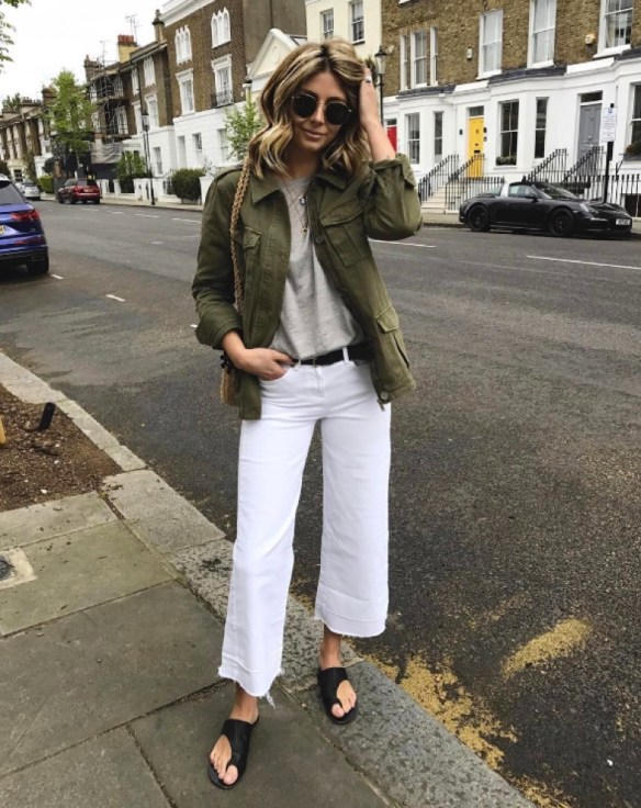 How to wear white jeans, with saharienne khaki jacket - La Selectiva