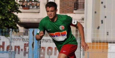 François Borgniet sous le maillot sedanais, ici au Petit-Bois avec la CFA 2, lors de la saison 2010-2011.