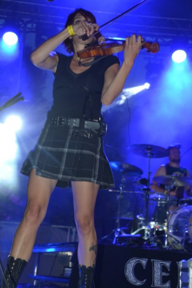 Le solo d'Ana au violon a fait vibrer le public.