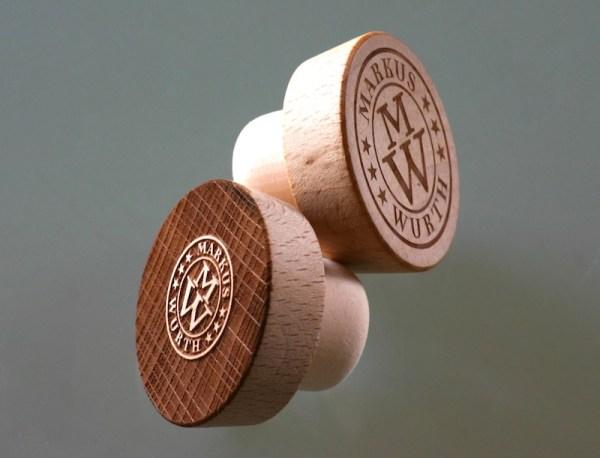 Holzkorken mit edler Lasergravur
