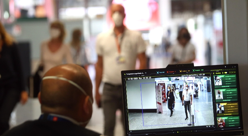 A Catania si muore ancora di coronavirus. Altri 12 malati, piano per gli  aeroporti   lasiciliaweb