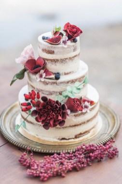 Naked wedding cake rouge