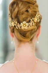 """Couronne diadème mariage """"Eleonore"""" avec fleurs, perles et cristaux"""