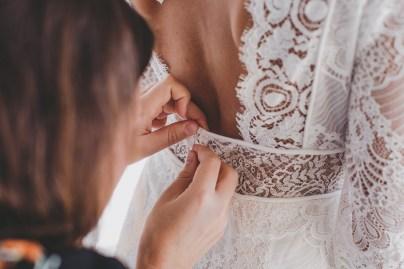 Retouche de la robe de mariée
