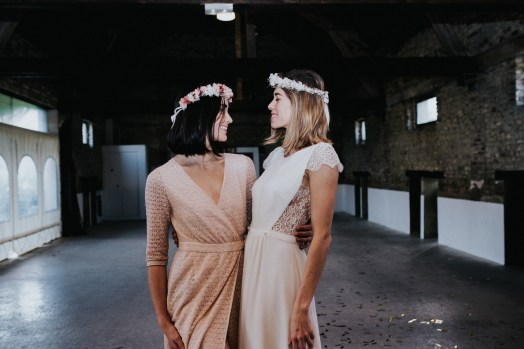 LORAFOLK-Garde-robe-Exception-Robe-Lila-Poudre-La-Soeur-de-la-Mariée-Blog-Mariage