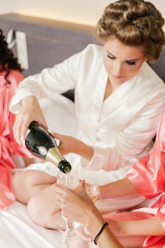 les-preparatifs-de-la-mariee-et-demoiselles-dhonneur-la-soeur-de-la-mariee-blog-mariage (13)