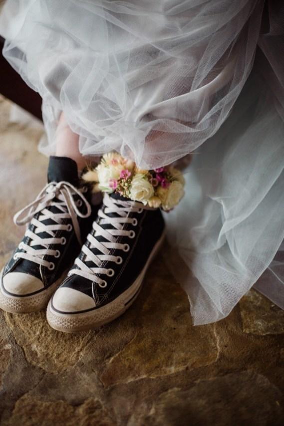 Mariée en converses