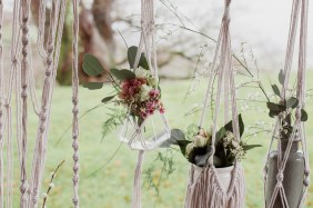 Suspensions végétales en macramé