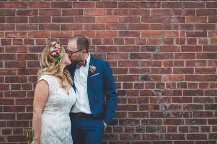 photo-mariage-mur-briques