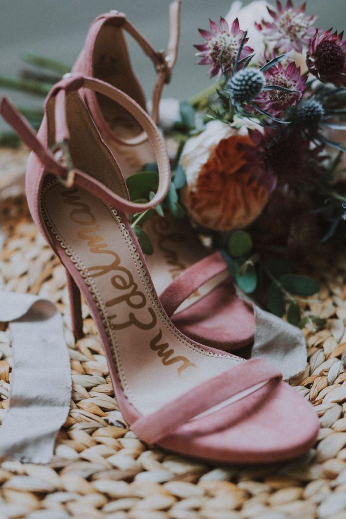 inscription-dans-sandales-mariage