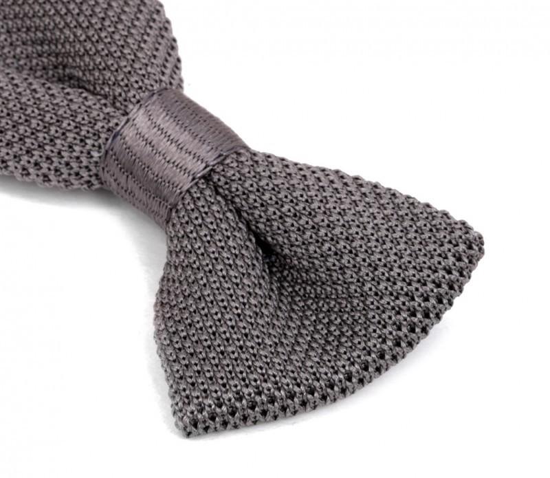 nœud-papillon-gris-en-tricot-mariage