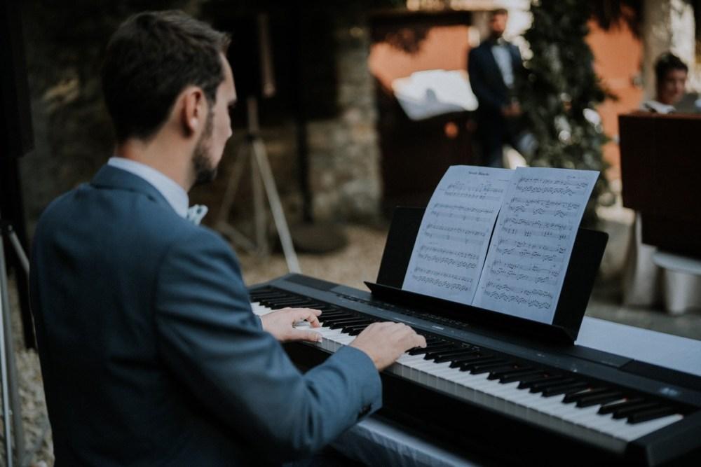 marie-joue-piano