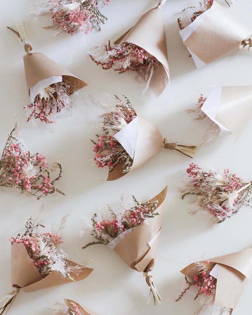 cadeaux-invites-mariage-bouquet-fleurs-sechees-angeline