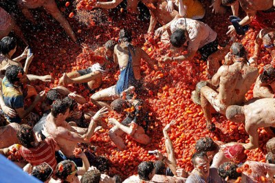 People take part in the Tomatina festival