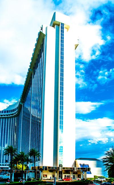Las Exhibit Vegas Westgate Elvis