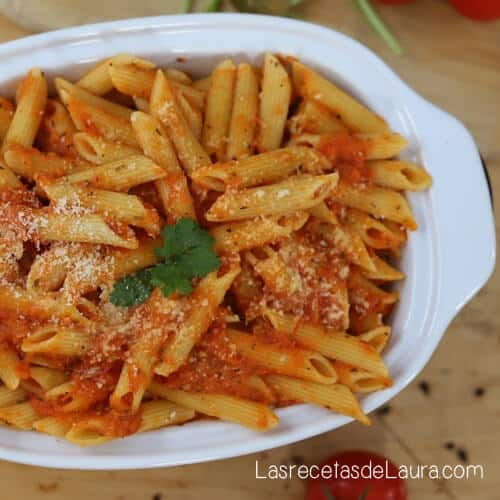 Pasta fácil con tomate
