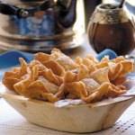 pastelitos criollos de membrillo