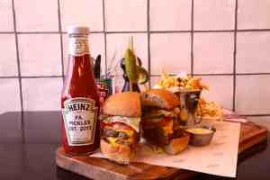 Hotspot: Firma Pickles Burgers & Wine Utrecht
