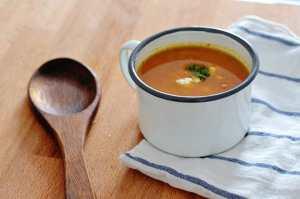 Recept: zoete aardappelsoep met geitenkaas