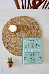 Lees meer over het artikel Boekreview: Lagom – De Zweedse kunst van een leven in balans
