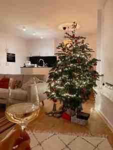 Diary week 48: kerstboom optuigen en adventskalenders uitwisselen