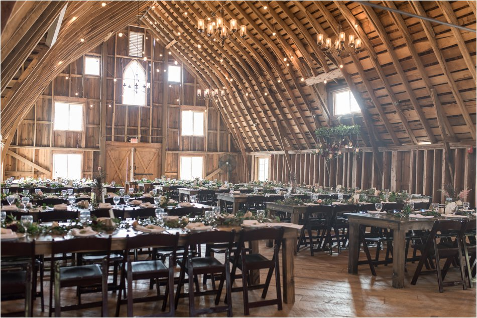 Bloom_Lake_Barn_Wedding_0078.jpg