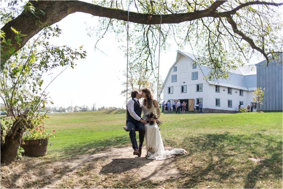 Bloom_Lake_Barn_Wedding_0086.jpg