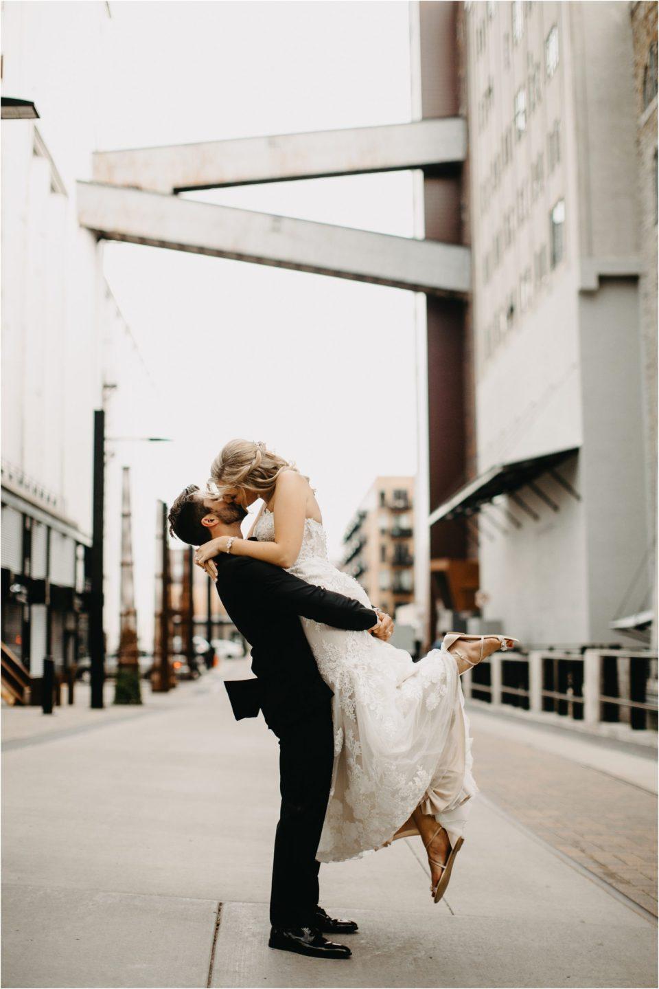 Minnesota- Machine-Shop-Wedding_0180.jpg