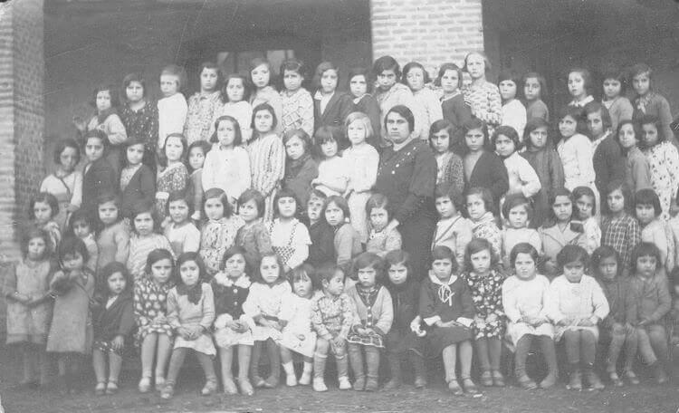 escuela niñas lastras de cuellar