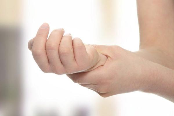 Polyarthrite Rhumatoïde- une maladie d'invalidité- La Sultane- Magazine- féminin