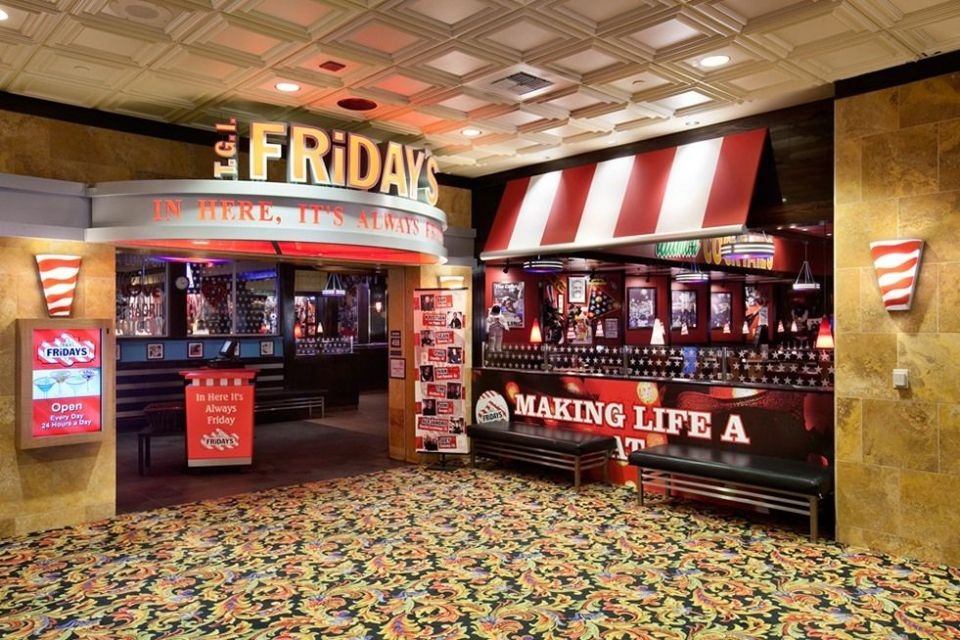 Gold Coast Las Vegas Tgi Friday Restaurant