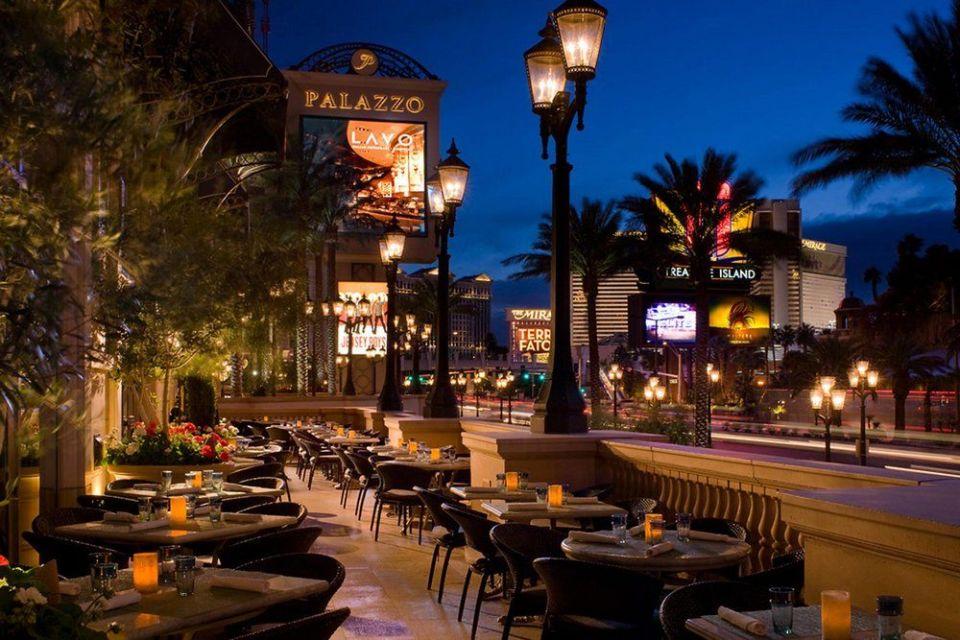 Palazzo Las Vegas Lavo Restaurant Patio