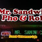 Mr Sandwich, Makes Pho Fans Happy