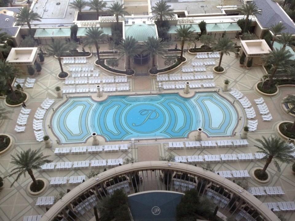 palazzo piscine 1