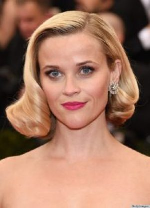 """NEW YORK, NY - MAY 05: Actress Reese Witherspoon attends the """"Charles James: Beyond Fashion"""" Costume Institute Gala at the Metropolitan Museum of Art on May 5, 2014 in New York City. (Photo by Larry Busacca/Getty Images)"""