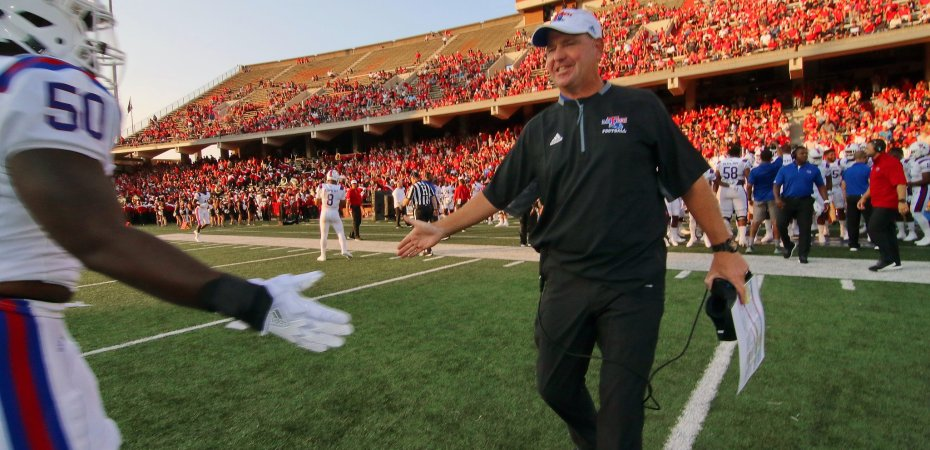 Bulldogs continue road stretch against Gamecocks