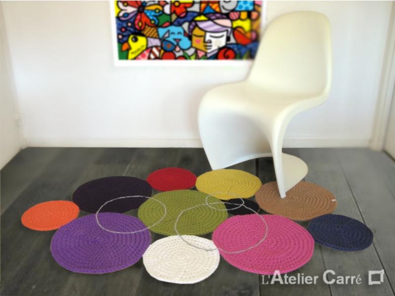 tapis confettis en laine ronds colorés pièce unique