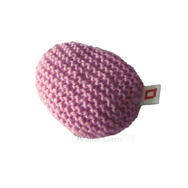 repose-poignet en laine et mousse coloris rose poudré