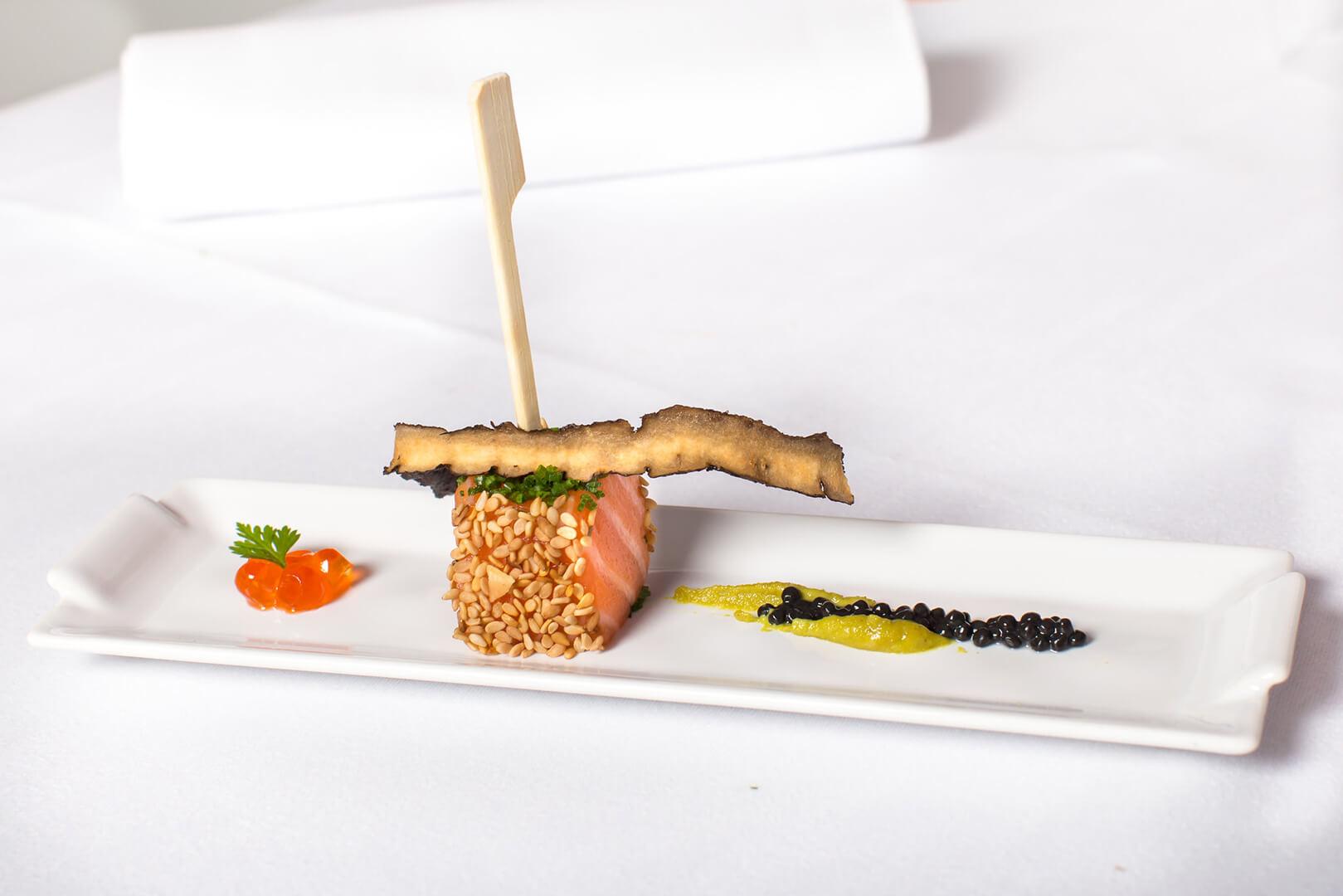 Tataki de saumon au sésame - L'Atelier du Chef - Traiteur Corse