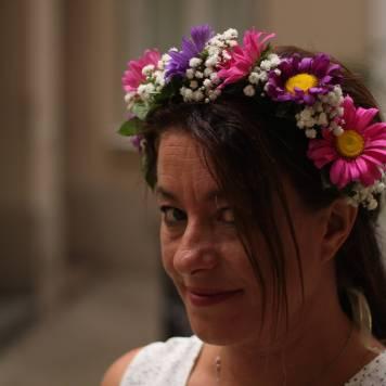 atelier EVJF couronne de fleurs fraiches