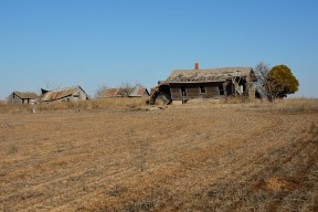 In Kansas, an abandoned family farm adds to the sense of open space on the High Plains.