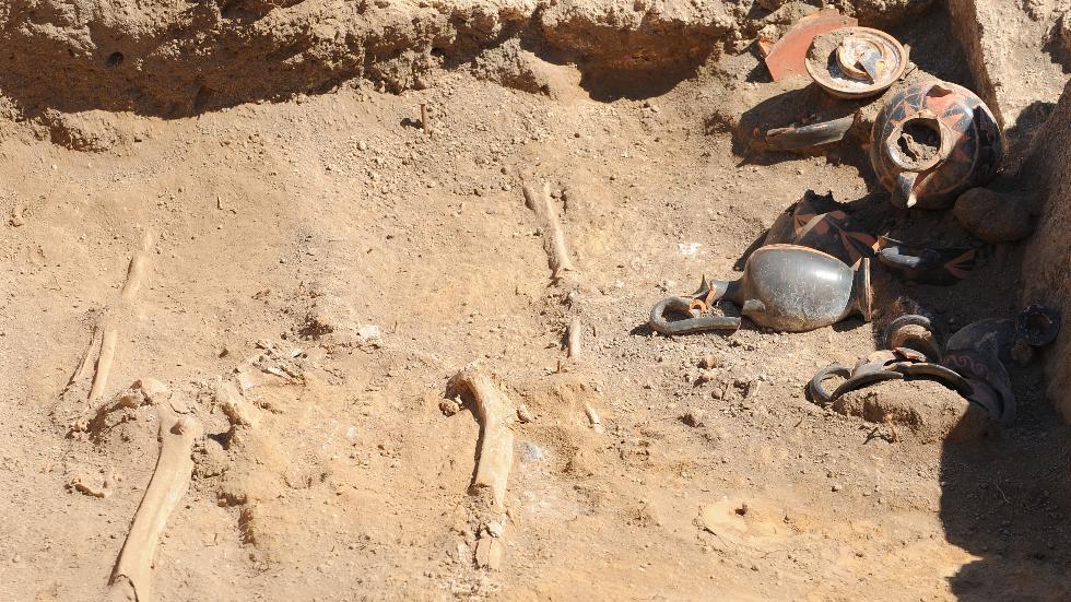 pompei-poteries-squelette