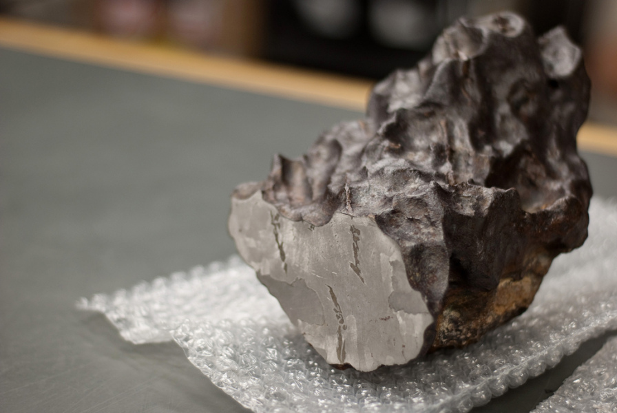 cratere-forme-explosion-meteorite-inde