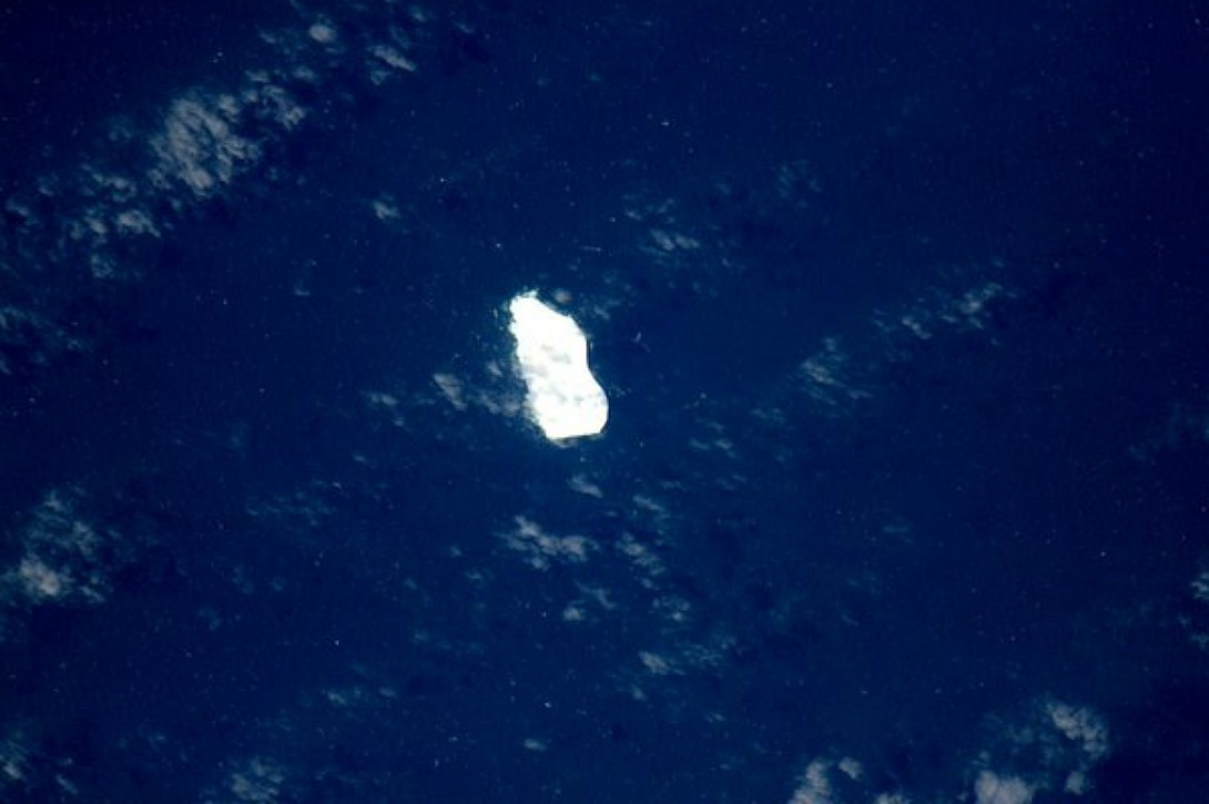 immense iceberg dans l'océan Indien, le 18 janvier 2016
