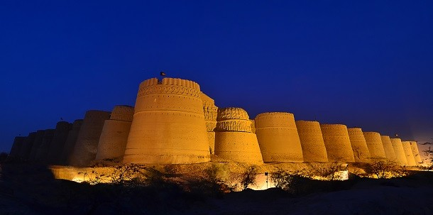 monument-Fort Derawar, Pakistan
