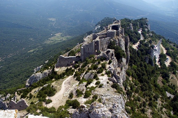 monument-Peyrepertuse, France
